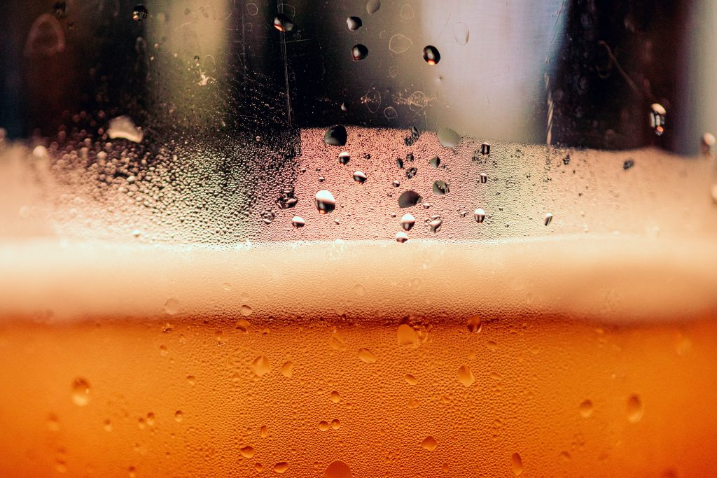Är det möjligt att ersätta köpt öl med hembryggd öl?